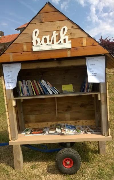 Sinds 2015 is er in Bath, op Bathsedijk 1, MiniBieb Ter Schelde, waar je boeken uit kunt halen om te lezen, en boeken die je zelf overhebt in kunt terugplaatsen, zodat een ander die weer kan lezen.