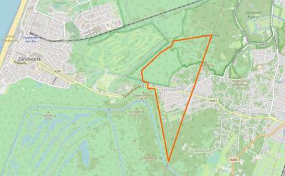 Pas in de loop van de 20e eeuw ontstaat het dorp Bentveld, tussen de dorpen Zandvoort in het W en Aerdenhout in het O. In 1978 wordt het O deel toegevoegd aan het dorp Aerdenhout. Het gebied binnen de oranje lijn is sindsdien het dorpsgebied van Bentveld.
