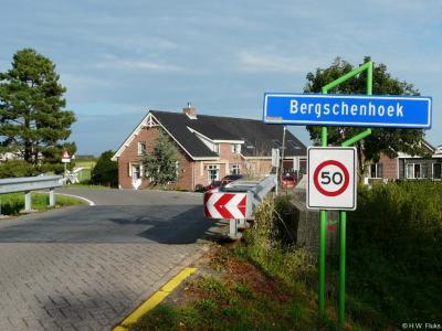 Bergschenhoek is een dorp in de provincie Zuid-Holland, in de streek Schieland, gemeente Lansingerland. Het was een zelfstandige gemeente t/m 2006.