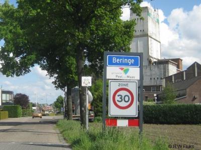 Beringe is een dorp in de provincie Limburg, in de streek Noord-Limburg, gemeente Peel en Maas. T/m 2009 gemeente Helden.