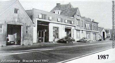 Blauwe Keet, de lintbebouwing vlak voor de sloop in 1987