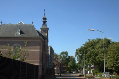Het voormalige gemeentehuis van Beneden-Leeuwen aan de Zandstraat