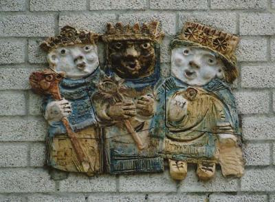 Bokhoven, gevelsteen aan het pand op Driekoningenplein 1 (© www.gevelstenen.net)