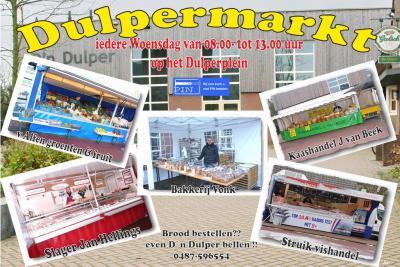 De Dulpermarkt in Boven-Leeuwen is een groot succes. Dat is natuurlijk te danken aan de kwaliteit van de waren van de viskraam, de slager, de broodkraam, de kaasboer en de groenteman, én aan de bezoekers die die kwaliteit waarderen. (© www.dulper.nl)