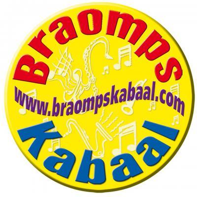T.b.v. een feestje in 1998 in Braamt, kregen muzikanten enkele anderen zover om voor het eerst in hun leven een muziekinstrument te gaan bespelen. Daaruit is Braomps Kabaal ontstaan, inmiddels uitgegroeid tot een regionaal bekend dweilorkest.