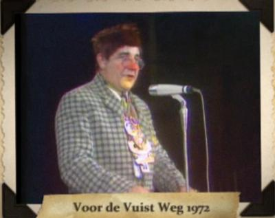 Pierre Cnoops uit Brachterbeek heeft sinds begin jaren zestig al vele buuttekampioenschappen gewonnen, en heeft nationale bekendheid verworven met zijn vele optredens voor tv, zoals hier bij 'Voor de vuist weg' van Willem Duys in 1972.