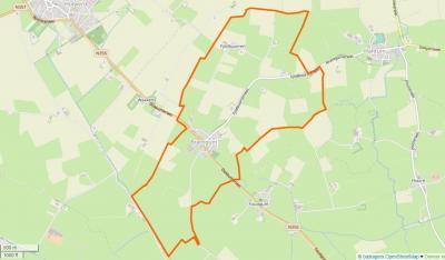Brantgum ligt NW van Dokkum, ZO van Holwerd, ZW van Hantum. Het dorp wordt doorsneden door de N356 (Dokkumerwei). Het dorpsgebied grenst in het Z aan de Holwerter Feart. (© www.openstreetmap.org)