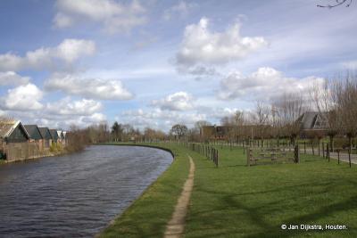 Het jaagpad langs de Oude Rijn bij Breeveld, in oostelijke richting