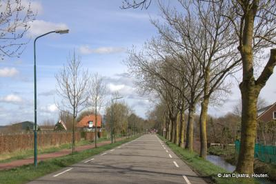 Meestal is het zo rustig in buurtschap Breudijk als hier op de foto, maar als er een evenement is op het nabijbelegen landgoed van Kasteel De Haar in Haarzuilens, kan het er druk zijn met verkeer dat daar naartoe gaat of er vandaan komt.
