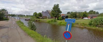Buitenstvallaat is een buurtschap in de provincie Fryslân, gemeente Smallingerland. De buurtschap valt formeel onder de kern Drachten, maar heeft in de praktijk (ook) nauwe banden met buurdorp De Wilgen. (© Google StreetView)