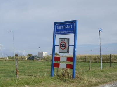 Burghsluis is een buurtschap in de provincie Zeeland, op het schiereiland en in de gemeente Schouwen-Duiveland. T/m 1960 gemeente Burgh. In 1961 over naar gemeente Westerschouwen, in 1997 over naar gemeente Schouwen-Duiveland.