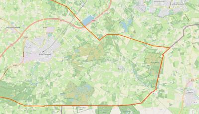Buurse is een compact dorp met een omvangrijk, zeer landelijk en fraai buitengebied in het O van de gemeente Haaksbergen. In het Z en O grenst het aan Duitsland, in het N aan Enschede. (© www.openstreetmap.org)