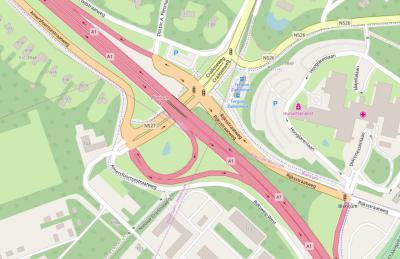 In het gebied Crailo bevindt zich een viergemeentepunt, namelijk een 'kruispunt' waar de grenzen van de gemeenten Blaricum, Huizen, Hilversum en Laren bij elkaar komen. Het is zelfs een bijna-vijfgemeentepunt (zie daarvoor het kopje Status en ligging).