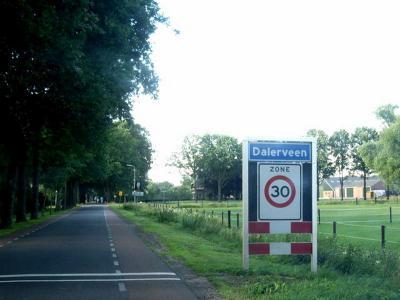 Dalerveen is een dorp in de provincie Drenthe, gemeente Coevorden. T/m 1997 gemeente Dalen. (© H.W. Fluks)