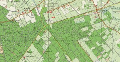 Sinds 1649 was in buurtschap De Hut(ten) een grenskerkje voor de katholieken van Asten, Someren e.o. Sinds 1651 was er tevens een grenskerkje bij De Grashut, 3 km naar het ZW, Z van buurtschap Hugten, voor de katholieken van Heeze, Leende e.o. (©Kadaster)