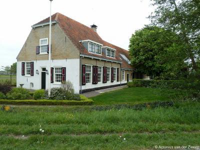 Buurtschap De Pan heeft 1 rijksmonument, zijnde deze 18e-eeuwse langhuisboerderij op Wassenaarseweg 85.