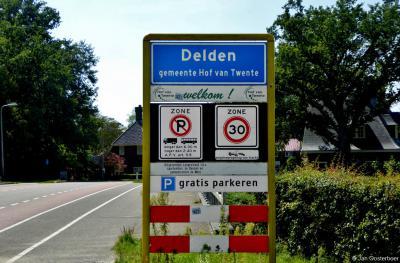 Delden is een stad in de provincie Overijssel, in de streek Twente, gemeente Hof van Twente. T/m 2000 was het - onder de naam Stad Delden - een zelfstandige gemeente.