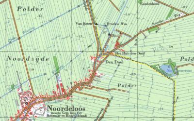 Op deze kaart uit ca. 1980 is de gemeentelijke situatie van voor de herindeling van 1986 goed te zien; de gele lijn is de gemeentegrens tussen de toenmalige gemeenten Noordeloos (Z van de lijn) en Meerkerk. (© van alle drie de kaarten: www.kadaster.nl)