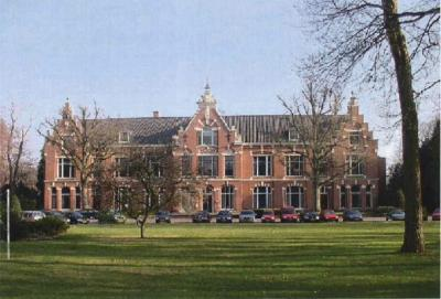 Dennenoord, het rijksmonumentale hoofdgebouw uit 1895 (© Rijksdienst voor het Cultureel Erfgoed/https://cultureelerfgoed.nl)