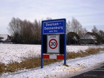Deursen-Dennenburg is een dorp in de provincie Noord-Brabant, in de regio Noordoost-Brabant, gem. Oss. T/m 30-4-1923 was het een zelfstandige gemeente onder de naam 'Deursen en Dennenburg'. In 1923 over naar gem. Ravenstein, in 2003 over naar gem. Oss.