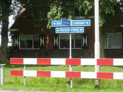Dorp is een buurtschap in grotendeels de provincie Groningen, in de streek en gemeente Westerkwartier (t/m 2018 gemeente Grootegast) en voor een zeer klein deel in de provincie Fryslân, gemeente Achtkarspelen. De buurtschap ligt aan de Dorpsterweg.
