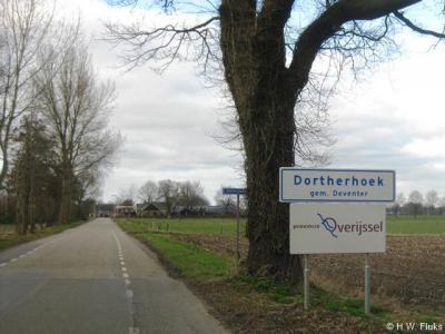 Dortherhoek is een buurtschap van het dorp Bathmen, in sinds 2005 gemeente Deventer.