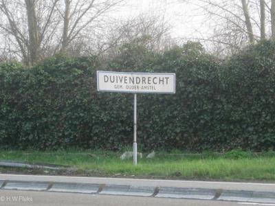Duivendrecht is een dorp in de provincie Noord-Holland, in de streek Amstelland, gemeente Ouder-Amstel.