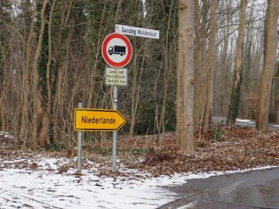 Zo kom je buurtschap Echterheide binnen vanuit Duitsland (© H.W. Fluks)