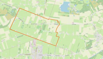 De kaart van Drenthe lijkt op een gezicht van opzij. Buurtschap Een-West is dan het 'neusje'. Hier zie je een close up van het grondgebied. (© www.openstreetmap.org)