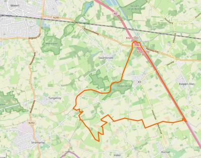 Ell is een compact dorp met een omvangrijk buitengebied, waaronder natuurgebied Heijkersbroek. In het O grenst het dorpsgebied aan de A2 en Kanaal Wessem-Nederweert. (© www.openstreetmap.org)