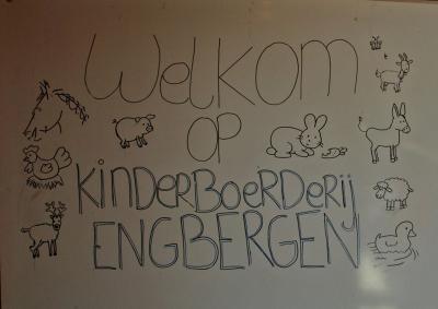 Voor gezinnen met kinderen is het BloteVoetenpad ideaal te combineren met een bezoek aan de in 2013 gerealiseerde Kinderboerderij Engbergen, die wegens het bijzondere ontwerp is bekroond met de publieksprijs van de Achterhoek Architectuurprijs.
