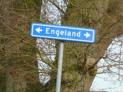 Engeland is een buurtschap in de provincie Drenthe, gemeente De Wolden. T/m 1997 gemeente Ruinen. De buurtschap heeft geen plaatsnaamborden, zodat je slechts aan de gelijknamige straatnaambordjes kunt zien dat je er bent aangekomen.