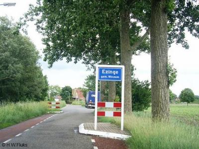 Ezinge is een dorp in de provincie Groningen, in de streken Westerkwartier en Middag-Humsterland en de gemeente Westerkwartier. Het was een zelfstandige gemeente t/m 1989. In 1990 over naar gemeente Winsum, in 2019 over naar gemeente Westerkwartier.