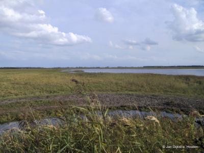 Uitzicht vanaf achter het kijkscherm in Ezumazijl,