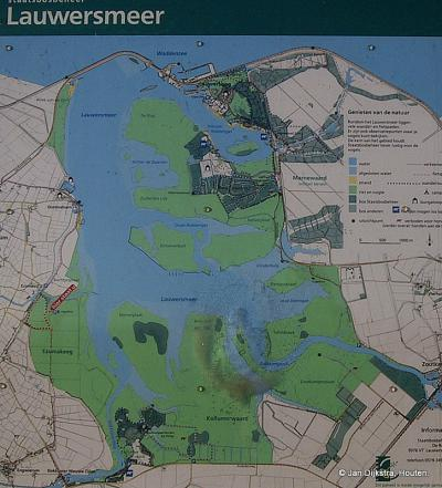 Het Lauwersmeergebied bij Ezumazijl op de kaart.