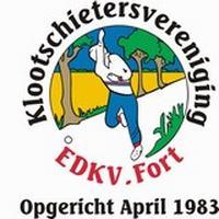 In 1983 is in Fort Klootschietersvereniging EDKV opgericht, nadat men sinds 1974 een gezamenlijke vereniging met het Overijsselse buurdorp IJhorst heeft gehad. Maar dat werd na een aantal jaren veel te druk, vandaar toch maar per dorp een vereniging.