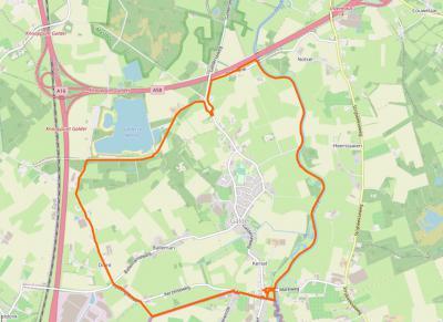 Galder is een compact dorp met een groot groen buitengebied, waar je heerlijk kunt wandelen en fietsen. In het N grenst het dorpsgebied aan de A58, in het W aan de A16, in het Z aan de Belgische grens en in het O aan Strijbeek. (© www.openstreetmap.org)