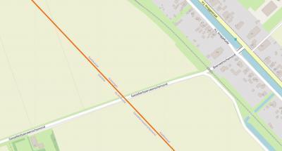 Vanuit (het) Stadskanaal liepen zijkanalen ('monden') de Drentse venen in, t.b.v. de afvoer van de turf. Een daarvan was de Gasselterboerveenschemond. Het kleine Groningse  stukje heet Boerveenschemond. (© www.openstreetmap.org)