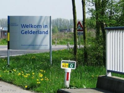 Als je de provincie Gelderland binnenkomt, word je met deze fraaie borden welkom geheten.