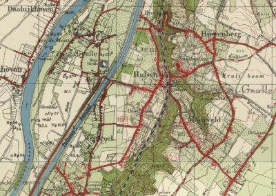 Gem. Geulle van 1934 tot ca. 1960: W van het Julianakanaal het oude dorp en buurtschap Aan de Maas, O ervan buurtschappen Broekhoven, Hulsen, Oostbroek, Westbroek en Brommelen, en O van de spoorlijn Hussenberg, Snijdersberg en Moorveld (deels in de gem.).
