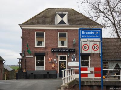 Gijbeland is een dorp in de provincie Zuid-Holland, in de streek Alblasserwaard, gemeente Molenlanden. T/m 1985 gemeente Brandwijk. In 1986 over naar gemeente Graafstroom, in 2013 over naar gemeente Molenwaard, in 2019 over naar gemeente Molenlanden.