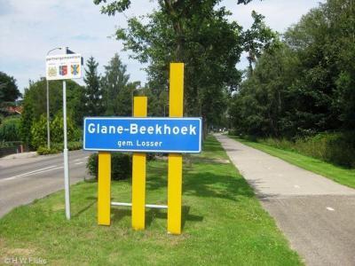 Glane-Beekhoek is een buurtschap in de provincie Overijssel, in de streek Twente, gemeente Losser.