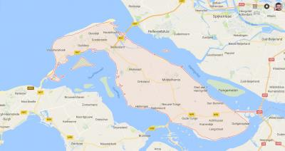 Goeree-Overflakkee is vanouds een eiland, is tegenwoordig middels 4 dammen met omliggende gebieden verbonden en is daarom nu formeel een schiereiland. Maar in de praktijk wordt het nog altijd als eiland beleefd en geprofileerd. (© Google)