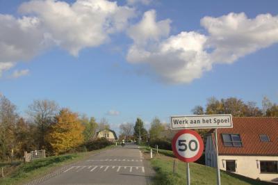 Buurtschap Goilberdingen. Werk aan het Spoel is een voormalig verdedigingswerk, als onderdeel van de Nieuwe Hollandse Waterlinie. Tegenwoordig is het herbestemd tot een ontmoetingspunt op het gebied van cultuur en natuur. (© Jan Dijkstra, Houten)