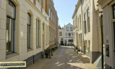 Gouda, Korte Noodgodsstraat (© Jan Dijkstra, Houten)
