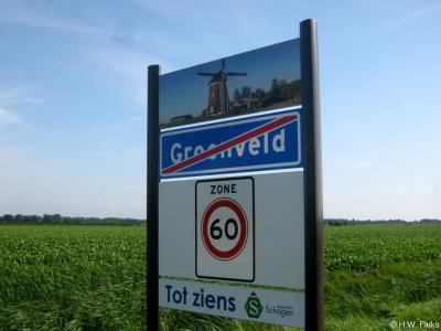 De dorpen in de in 2013 ontstane fusiegemeente Schagen mochten voor hun nieuwe plaatsnaamborden een bijzondere foto van hun plaats uitkiezen. Voor Groenveld werd dat uiteraard dé blikvanger en trots van het dorp: Molen De Groenvelder uit ca. 1530.