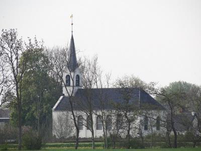 De 17e-eeuwse Hervormde kerk van Grootegast. (© Harry Perton / https://groninganus.wordpress.com)