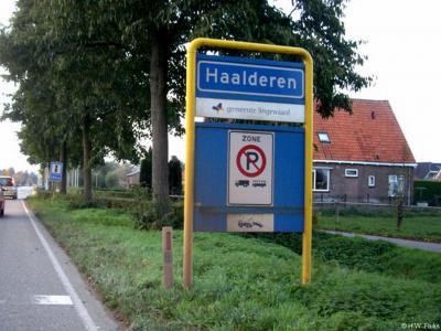Haalderen is een dorp in de provincie Gelderland, in de streek Betuwe, gemeente Lingewaard. T/m 2000 gemeente Bemmel.