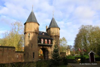 Haarzuilens, poortgebouw kasteel De Haar.