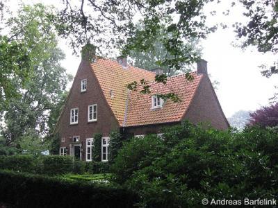 Het Stift, dit pand was van 1893 tot 1955 het gemeentehuis van de gemeente Weerselo